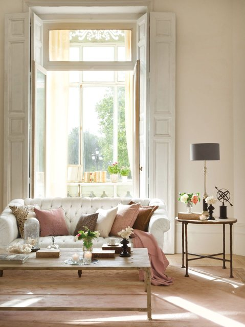 salon_con_sofa_chester_blanco_958x1280