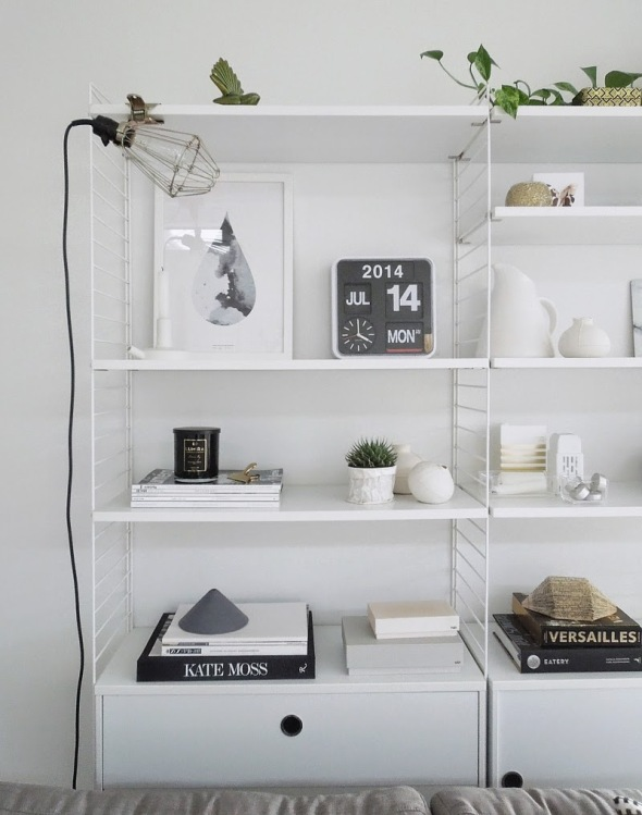 String-shelf-styling.-by-Michelle-Halford-from-TDC