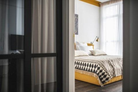 dormitorio-mostaza_la-oca.jpg