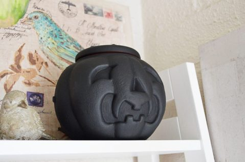 Decoracion-halloween-calavera-negra-la-oca